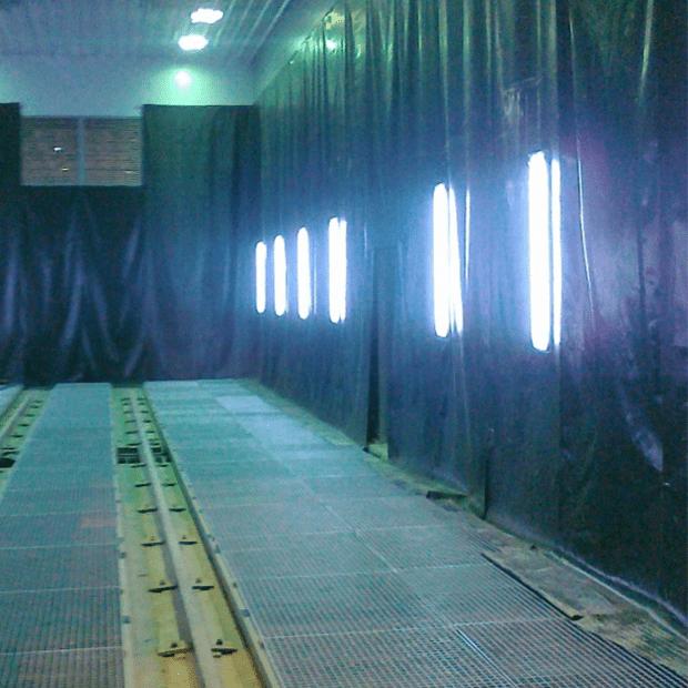 Phòng phun bi đầy đủ thiết bị - Đèn LED chiều sáng, hệ thống làm sạch bụi