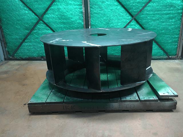 Phong phun sử dụng tấm chắn lôi lọc PE - Sợi thủy tinh